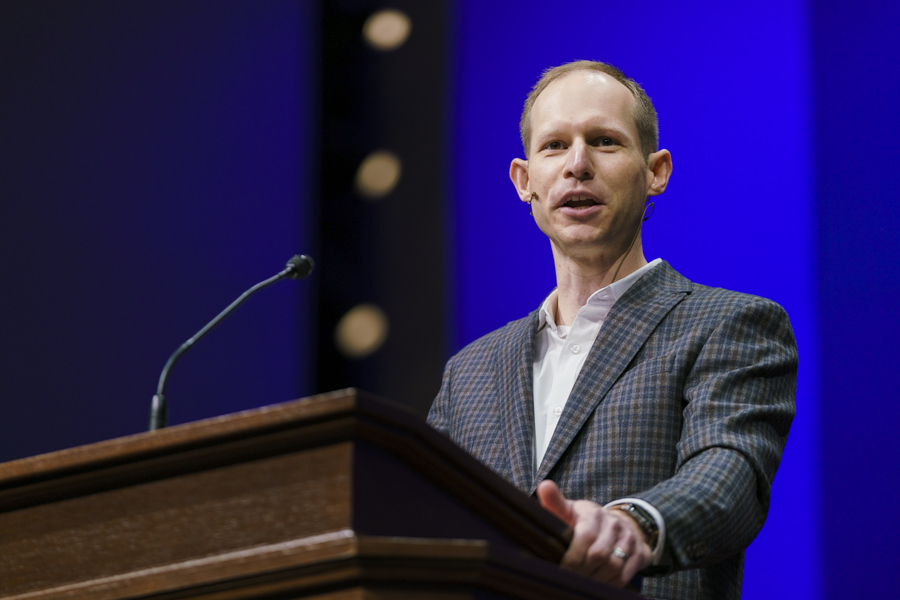 Christians called to discover their role in God's story, Wellman preaches