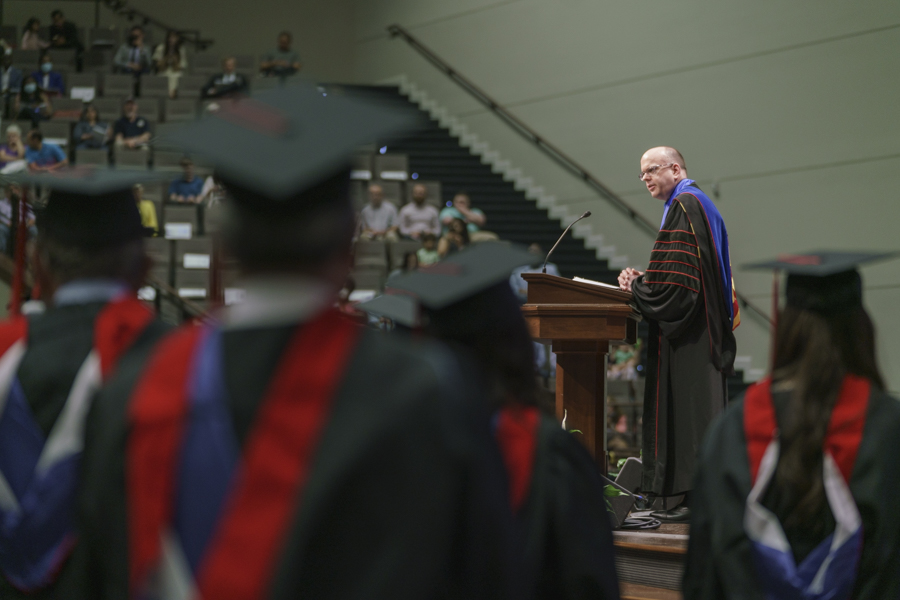 'Make the most of the time,' Greenway exhorts graduates