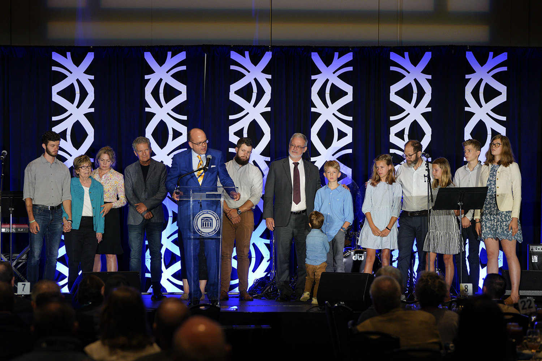 Southwestern Seminary honors alumni, celebrates progress at SBC luncheon