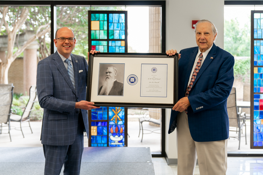 Southwestern Seminary honors faithful supporters with Carroll, Scarborough awards
